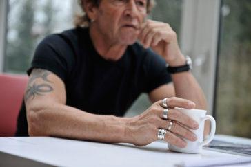 Die Kunst Stille zu hören – Peter Maffay über das In – sich – Hinein – Horchen