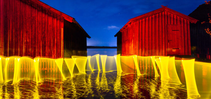 Lightpainting Yellow Curtain